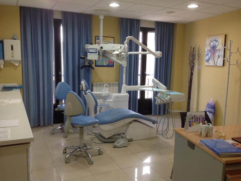 Clinica dental villamuriel